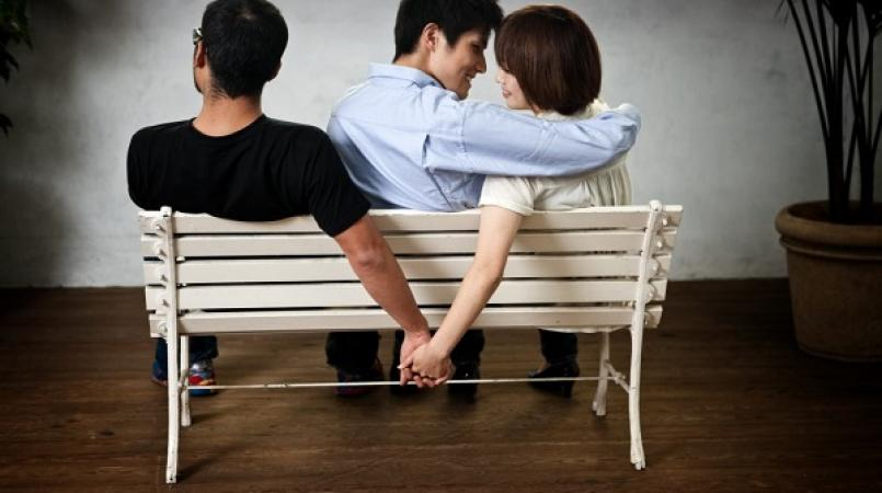 online-dating-two-guys-bangbros-turqoise-bikini