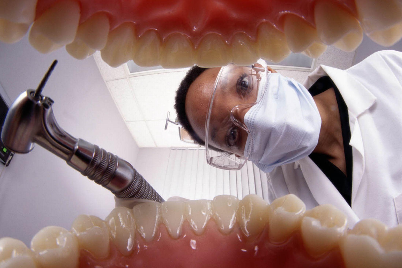 Трахнул зубного врача 1 фотография